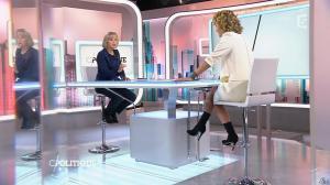 Caroline Roux dans C Politique - 22/11/15 - 03