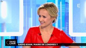 Caroline Roux dans C dans l Air - 07/05/16 - 25