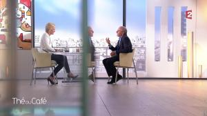 Catherine Ceylac dans The ou Cafe - 17/04/16 - 06