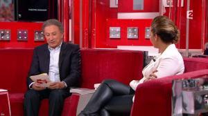 Chimène Badi dans Vivement Dimanche - 01/05/16 - 15