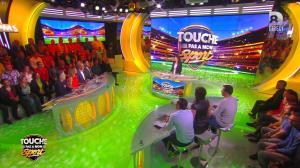 Clio Pajczer dans Touche pas à mon Sport - 26/04/16 - 04
