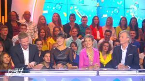 Erika Moulet dans Touche pas à mon Poste - 01/10/15 - 03