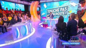 Erika Moulet dans Touche pas à mon Poste - 05/04/16 - 03