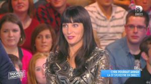Erika Moulet dans Touche pas à mon Poste - 28/10/15 - 09