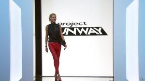 Heidi Klum - Project Runway 1404 - 01