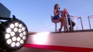 Laurie Cholewa dans Canal Plus de Cannes - 24/05/17 - 09