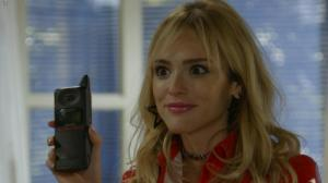 Isabelle Drummond dans une Bande-Annonce de Verao 90 - 16/05/19 - 01