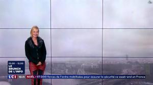 Karine Fauvet dans le Brunch - 23/12/17 - 06