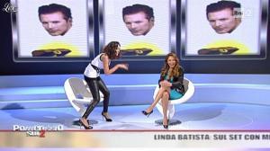 Caterina Balivo dans Pomeriggio Sul Due - 05/11/10 - 08
