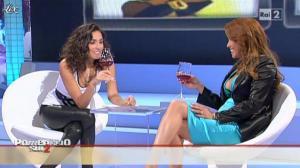 Caterina Balivo dans Pomeriggio Sul Due - 05/11/10 - 21