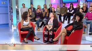 Caterina Balivo dans Pomeriggio Sul Due - 05/11/10 - 24