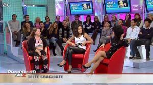 Caterina Balivo dans Pomeriggio Sul Due - 05/11/10 - 28