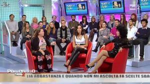 Caterina Balivo dans Pomeriggio Sul Due - 05/11/10 - 31
