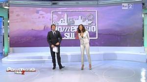 Caterina Balivo dans Pomeriggio Sul Due - 22/03/11 - 01