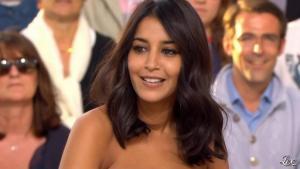 Leïla Bekhti dans le Grand Journal de Canal Plus - 18/05/12 - 03