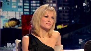 Sandrine Corman dans le Grand Betisier - 25/12/11 - 09