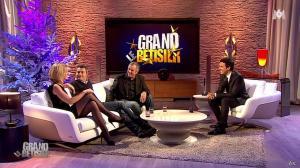 Sandrine Corman dans le Grand Betisier - 25/12/11 - 14