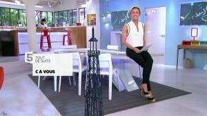 Anne-Sophie Lapix dans C à Vous - 12/05/14 - 01