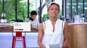 Anne-Sophie Lapix dans C à Vous - 12/05/14 - 02