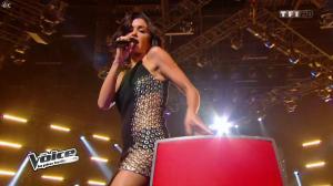 Jenifer Bartoli dans Intro de The Voice - 11/01/14 - 06