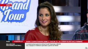 Malika Ménard dans le Grand Tour de l Equipe - 11/01/14 - 27