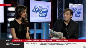 Malika Ménard dans le Grand Tour de l Equipe - 15/12/13 - 03