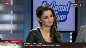Malika Ménard dans le Grand Tour de l Equipe - 19/04/14 - 15