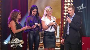 Nabilla Benattia et Amélie dans les Anges de la télé Realite 5 - 02/07/13 - 90