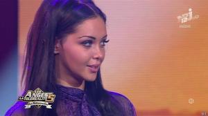 Nabilla Benattia dans les Anges de la Télé Realite 5 - 02/07/13 - 11