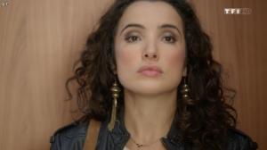 Isabelle Vitari dans Nos Chers Voisins - 25/12/15 - 02