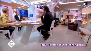 Anne-Elisabeth Lemoine dans C à Vous - 28/02/19 - 01