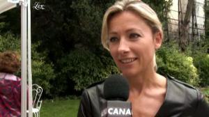 Anne-Sophie Lapix dans Clip de Rentree de Canal Plus - 22/07/11 - 02