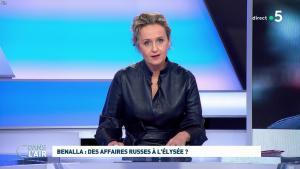 Caroline Roux dans C dans l'Air - 12/02/19 - 01