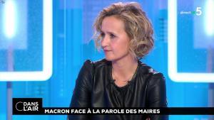 Caroline Roux dans C dans l'Air - 15/01/19 - 04