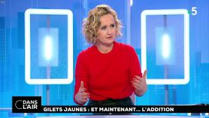 Caroline Roux dans C dans l'Air - 18/12/18 - 02