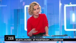 Caroline Roux dans C dans l'Air - 18/12/18 - 03