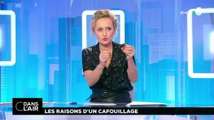 Caroline Roux dans C dans l'Air - 19/12/18 - 02