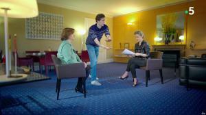 Caroline Roux dans C dans l'Air Special - 19/03/19 - 10