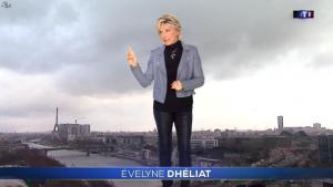 Evelyne Dhéliat à la Météo - 09/01/19 - 01