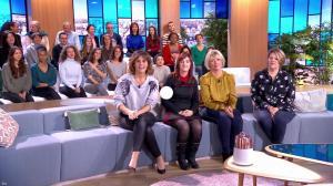 Faustine Bollaert dans Ça Commence Aujourd'hui - 15/01/19 - 01