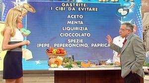 Adriana Volpe dans I Fatti Vostri - 10/01/11 - 3