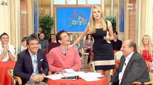 Adriana Volpe dans I Fatti Vostri - 13/01/11 - 4