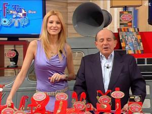 Adriana Volpe dans I Fatti Vostri - 16/02/10 - 3