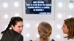 Anne-Solenne Hatte dans le Grand Journal De Canal Plus - 24/03/11 - 1
