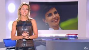 Anne-Sophie Lapix dans Dimanche Plus - 26/09/10 - 1