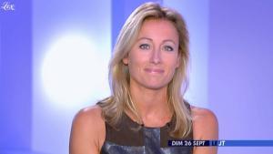 Anne-Sophie Lapix dans Dimanche Plus - 26/09/10 - 3