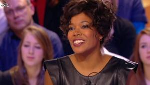 China Moses dans le Grand Journal de Canal Plus - 01/03/12 - 02