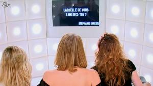 Frédérique Bel dans le Grand Journal de Canal Plus - 14/11/11 - 03