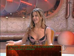 Inconnue dans Cronache Marziane - 28/10/04 - 01