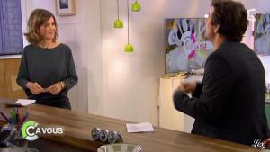 Julie Andrieu dans C à Vous - 16/03/12 - 05